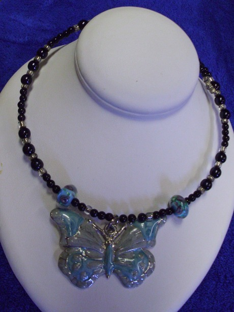 Incredible Beautiful Silver & Blue BUTTERFLY Necklace Free US shipping