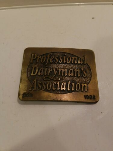 Primary image for 1982 Doboy Professional Dairyman's Association Belt Buckle PDA