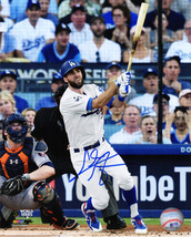 CHRIS TAYLOR Signed Los Angeles Dodgers Swinging Action 8x10 Photo - SCH... - $61.00