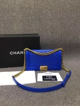 AUTHENTIC CHANEL ROYAL BLUE QUILTED VELVET MEDIUM BOY FLAP BAG SHW image 2