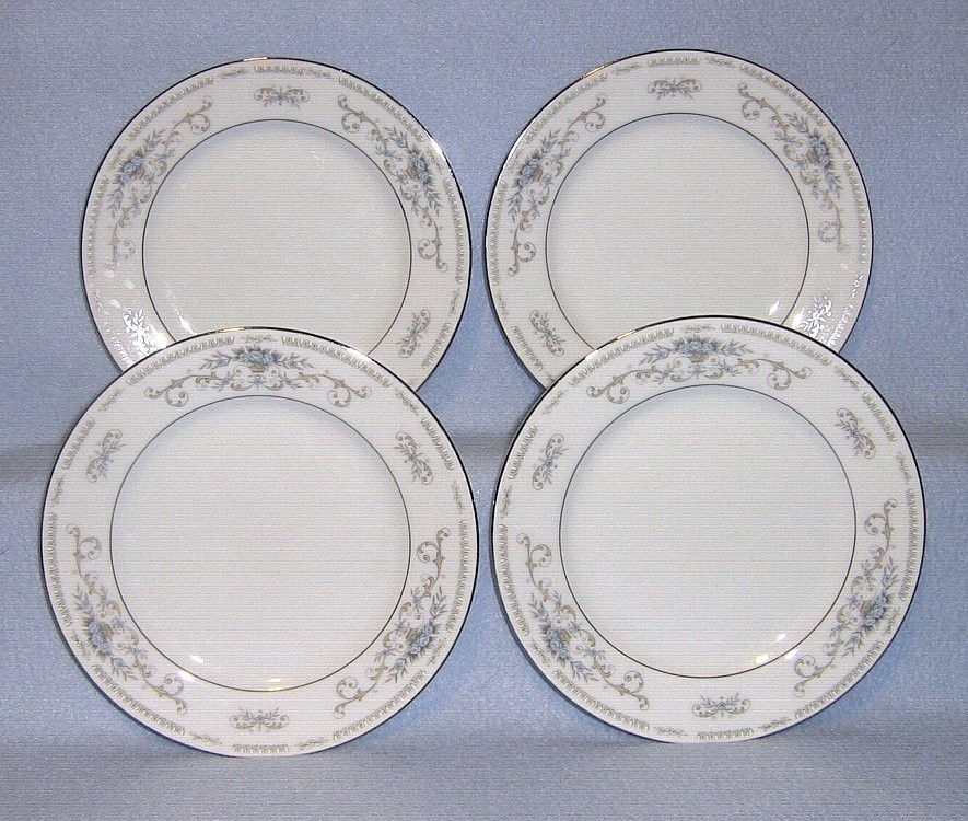 Sone Diane 4 Bread and Butter Plates