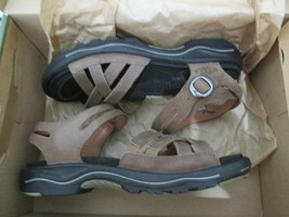 Brand New KEEN Rialto II Naples Sandals - Leather, Women, Size 5M, Taupe - $74.25
