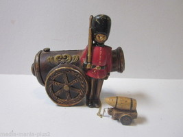 VINTAGE HAND PAINTED PLASTER ENGLISH ROYAL GUARD & CANNON PIGGY BANK - $9.99