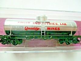 Micro-Trains # 06500116 Fruit Industries Grape to Glass 39' Single Tank Car (N) image 1