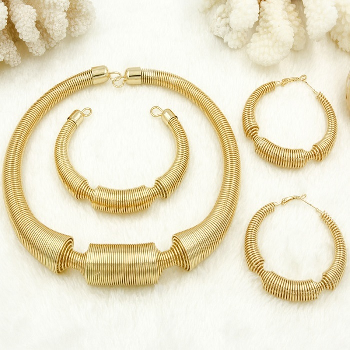 2018 Charm Women Jewelry Sets Big Necklace Earrings Ring Bracelet Gold Fashion Q image 2