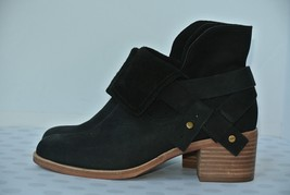 New UGG Australia Elora Women 6 M Black Leather Harness Ankle Boot 10191... - $84.14