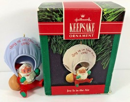 1990 Hallmark Keepsake Christmas Ornament Joy Is In The Air Parachuting Santa - $9.89