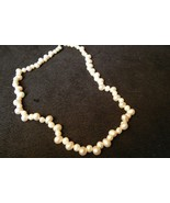 Vintage Single Strand of fresh pearl necklace - $14.84