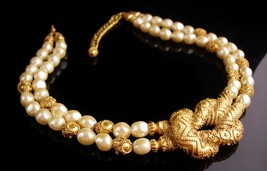Vintage Couture Pearl necklace - Mary McFadden Love knot wedding choker - design image 2