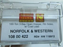 Micro-Trains # 10800422 Norfolk & Western 100-Ton 3-Bay Hopper with Coal Load (N image 6