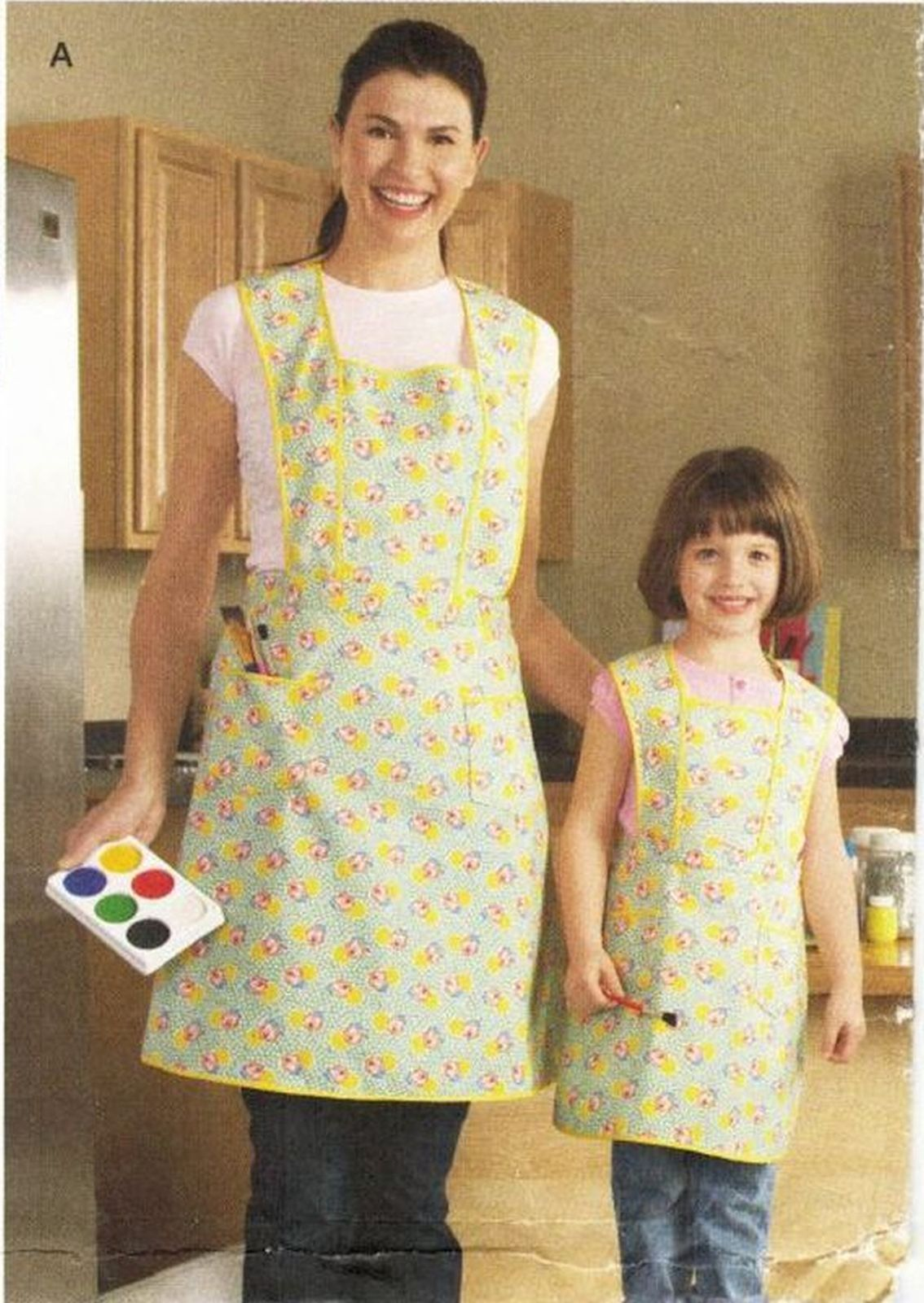 Mother Size 10-20 Daughter 3-8 Simple Full Aprons By Teri Sew Patterns Uncut