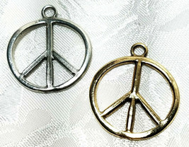 PEACE SIGN FINE PEWTER PENDANT CHARM - 2x35x30mm