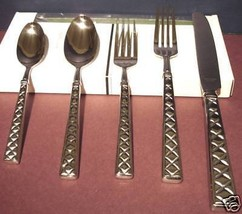 Kate Spade Classic Quilted 5 Piece Place Setting Stainless Flatware New - $29.90