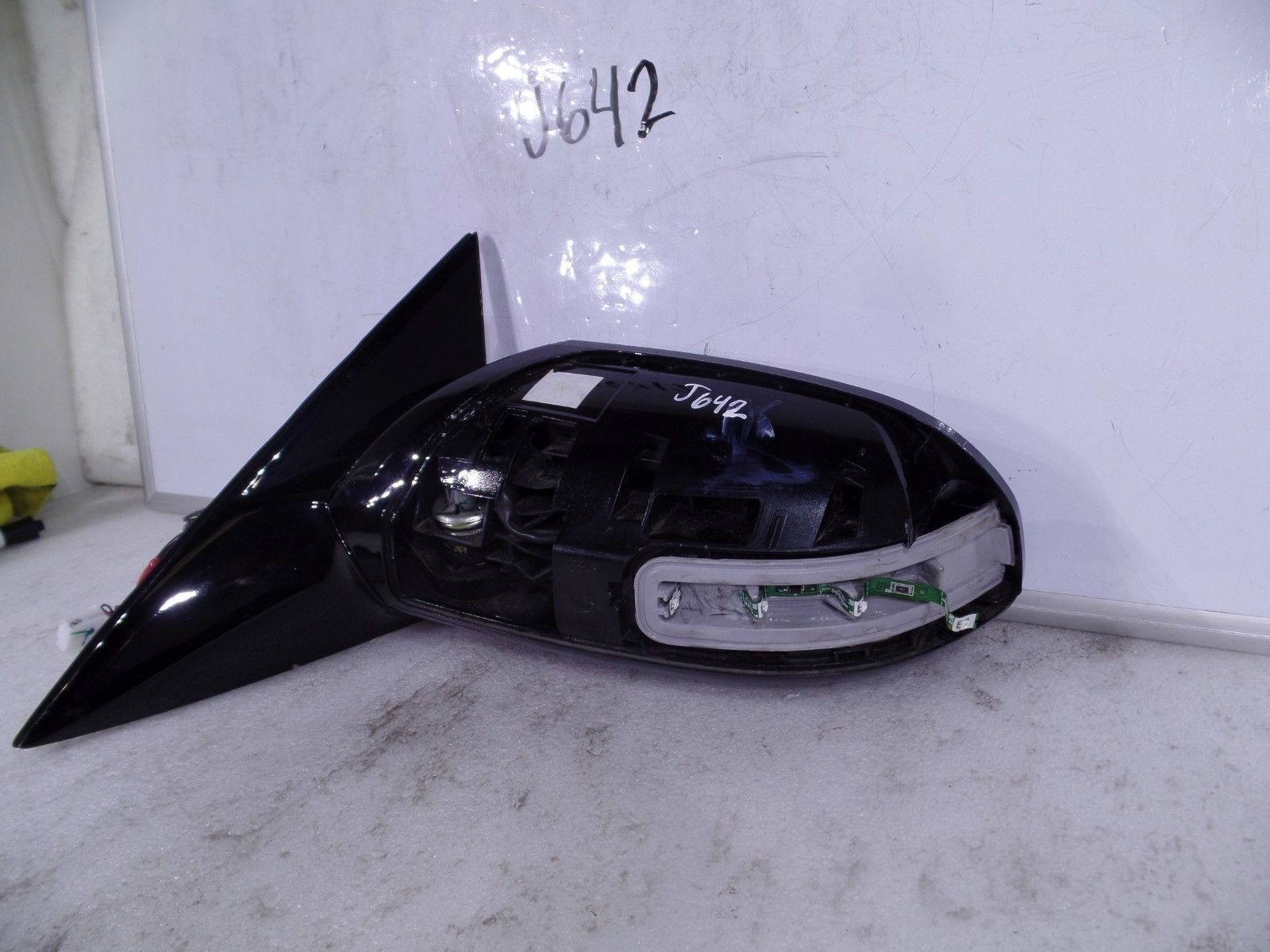 Driver Side Power Replacement Door Mirror Glass for 13-18 CADILLAC XTS