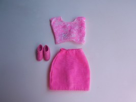 Mattel Genuine Barbie Pink Shirt and Skirt with Shoes - $9.49
