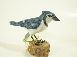Blue Jay Hand Carved Painted Bird Figurine Figure Carving Vintage Estate - $29.69