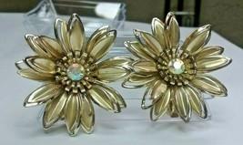 "Vintage Jewelry:1  1/2"" Gold Tone Rhinestone Flower Clip On Earrings 02-... - $8.99"
