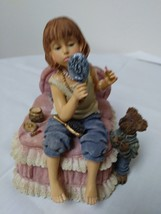 "Boyd's Vintage ""Yesterdays Child"" Figurine Music Box 2E/4904 Figurine - $19.88"
