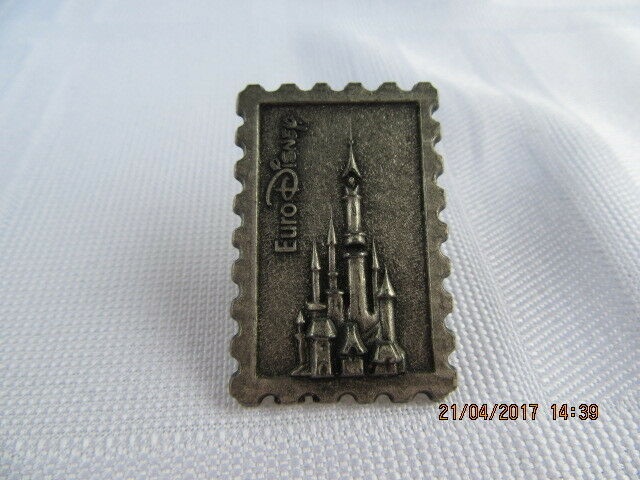 DISNEYLAND RESORT PARIS EURO DISNEY PEWTER CASTLE STAMP PIN