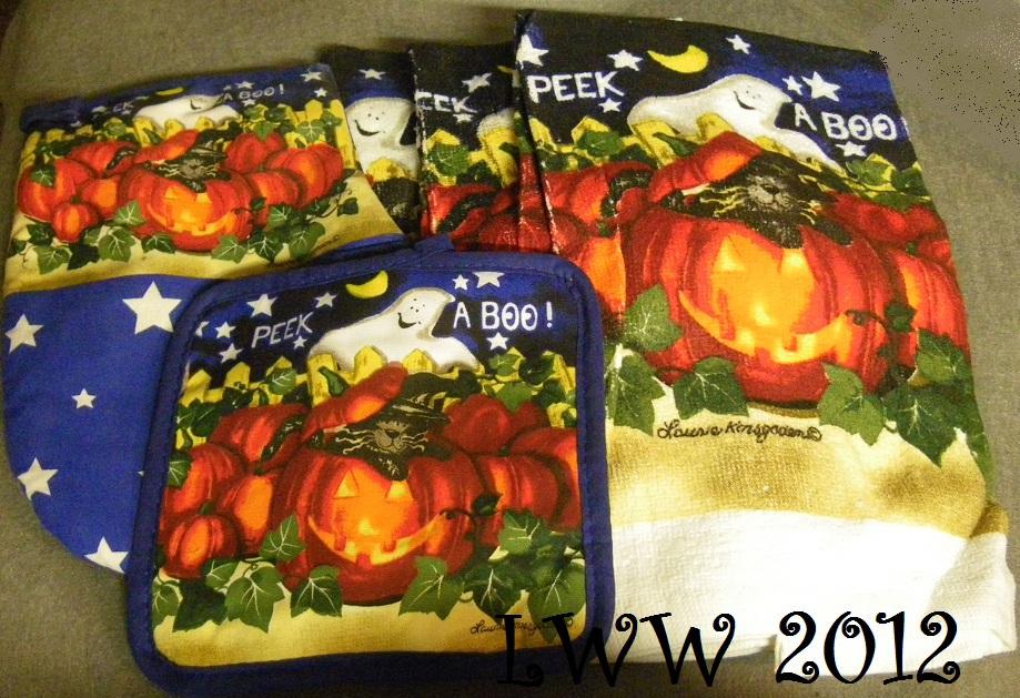 Laurie Korsgaden Peek a Boo Ghost Cat Pumpkin 5 Pc Halloween towels & oven mitt