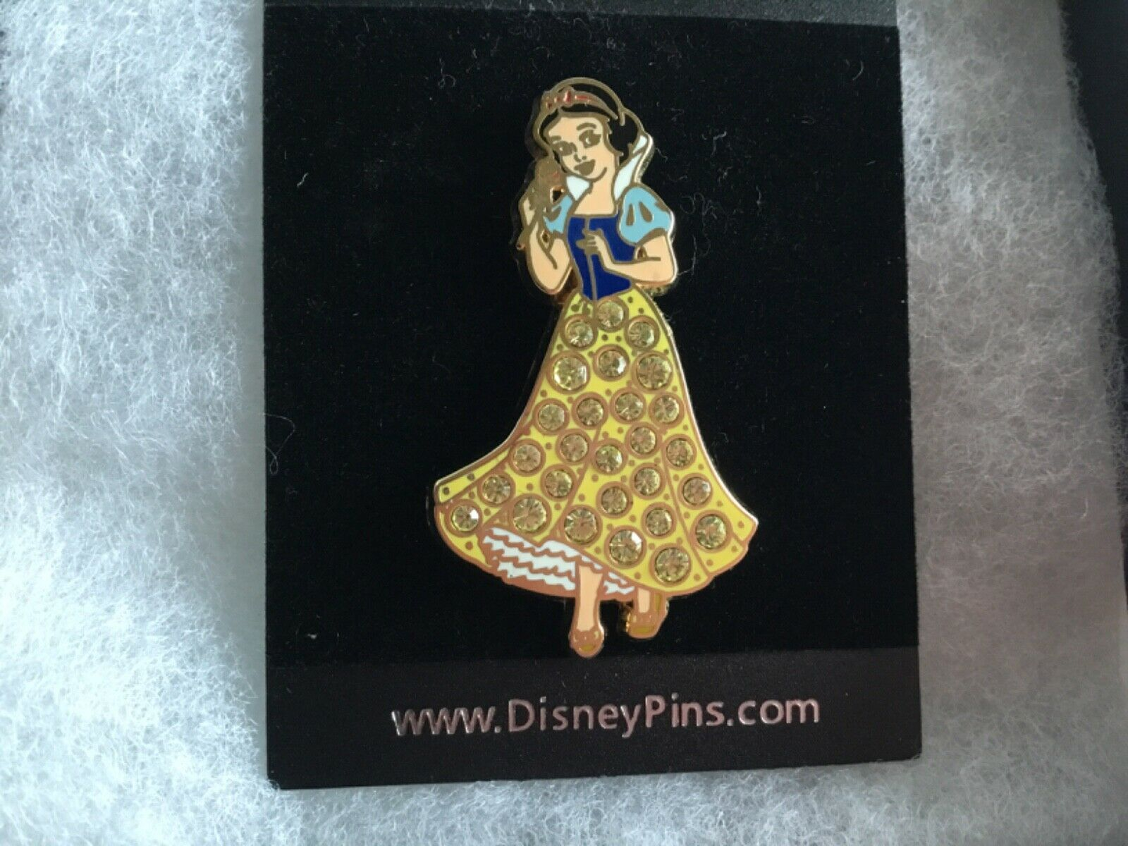 Primary image for Walt Disney 2006 Snow White Princess lapel trading pin collector sparkle