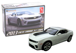 AMT 2013 Chevy Camaro ZL1 Coupe 1/25 Scale Model Kit New in Box - $21.88