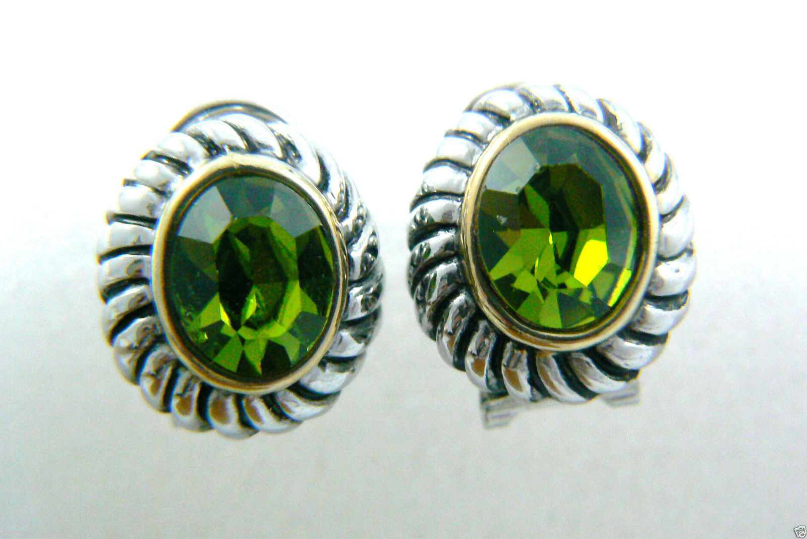 Silver tone Faceted Green Rhinestone crystal oval stud earrings $0 sh new