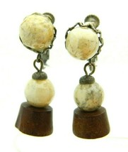Miriam Haskell Beige Glass Wood Beaded Flower Gold Tone Clip Earrings Vi... - $98.99