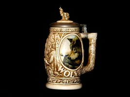 1997 Wolf Stein with lid AB 241 Vintage image 2