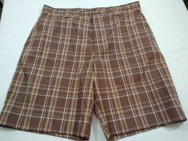 IZOD XFG Casual Men's Golf Shorts Size 34 Brown Plaid Flat Front Casual ... - $14.24