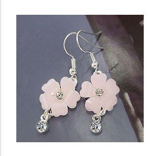 Ladies-white-plastic-flower-rhinestones-earrings-ca