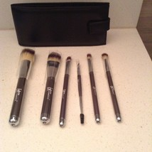 it cosmetics makeup brush set of Six Brushes With Leather Case - $70.13