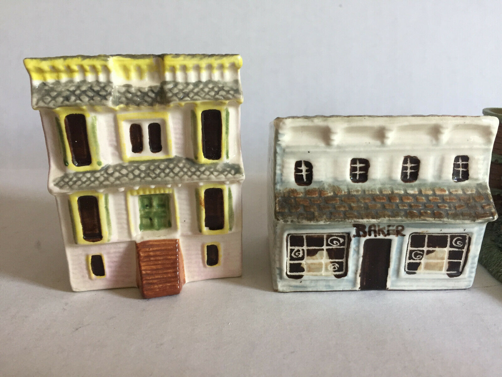 Collectible Miniature Houses Set of 5 Mantle Window Display Bakery Restaurant