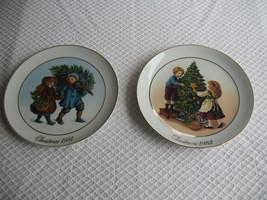 Vintage Avon Christmas Memories Set Of 2 Plates 1981 1982 W 22 K Gold Trim Japan - $45.97