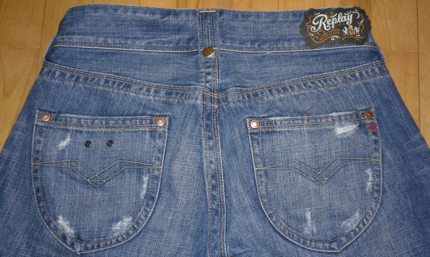 Primary image for Replay Blue Jeans Style WV580 Size W27xI34 Actual  W30 Factory Destroyed