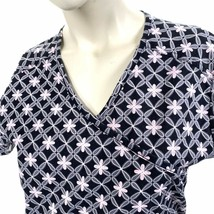 Dickies Pink Gray Flowers Abstract Black XS Scrub Top - $14.84
