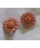 # 17 Peach color earrings in flower design, met... - $7.00