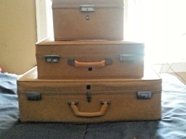 3 PIECE SET VTG US LUGGAGE TRAVEL SUITCASE - $250.00