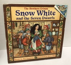 The Brothers Grimm Snow White And The Seven Dwarfs Vtg 1994 Childrens Book - $10.76