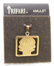 VTG CROWN TRIFARI Gold Tone Double Faced Pendant Amulet NOS - $19.80