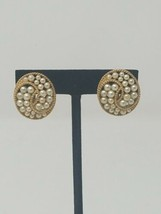 Vintage Trifari gold tone faux pearl round clip on earring jewelry signed - $29.70