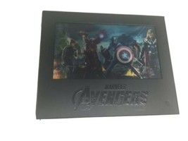 Marvel The Ultimate Charcter Guide Book, 30 Gift Card, & Collectors Box - £39.95 GBP