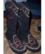 Girls Black Suede Beaded Mocassin Boots SZ 11 - $35.00