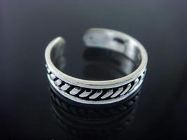 925 Sterling Silver Bali Style Adjustable Toe Ring - $11.00