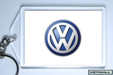 KEY CHAIN BEIGE VANILLA CREAM VW NEW BEETLE CONVERTIBLE KEYTAG PORTE CLE LLAVERO