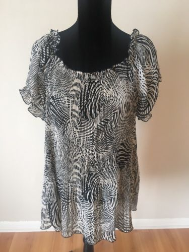 Primary image for Lane Bryant Women's Top Size 14/16 Black White Pleated Crinkle Short Sleeve