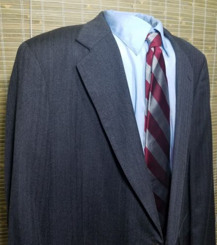 Jos.A.Banks Executive collection Mens Herringbone 2 button gray sport jacket 44R