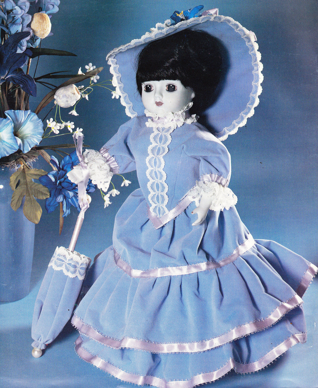 DOLL MAKING SHOWCASE OF DOLLS DOLL CLOTHES PATTERNS - $7.50