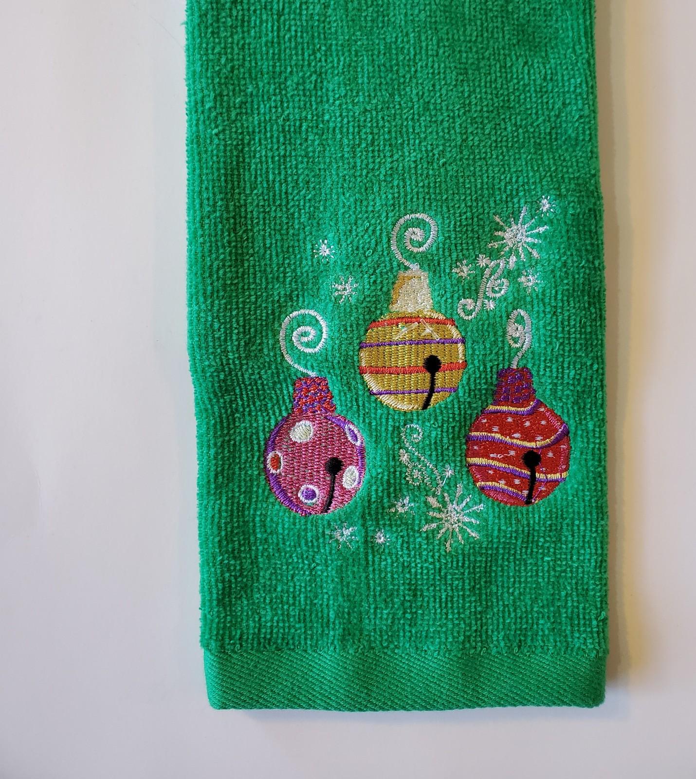 Fingertiptowel ornaments 1