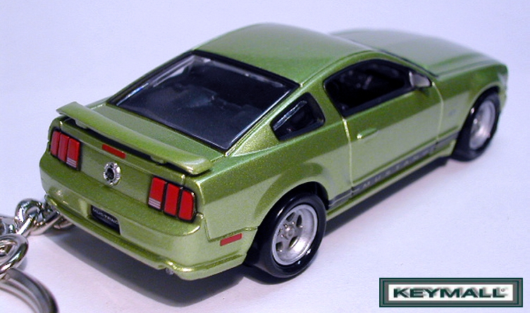 rare key chain 2005 2011 legend lime green ford mustang llavero porte cle keychains. Black Bedroom Furniture Sets. Home Design Ideas